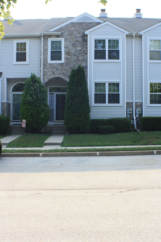 Perkiomen woods townhomes for Master down townhomes