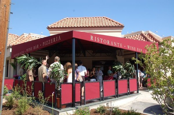 Los Angeles 411 Tantalize Your Taste Buds With Delectable Italian Food At The Piccola Trattoria Restaurant In Santa Clarita California