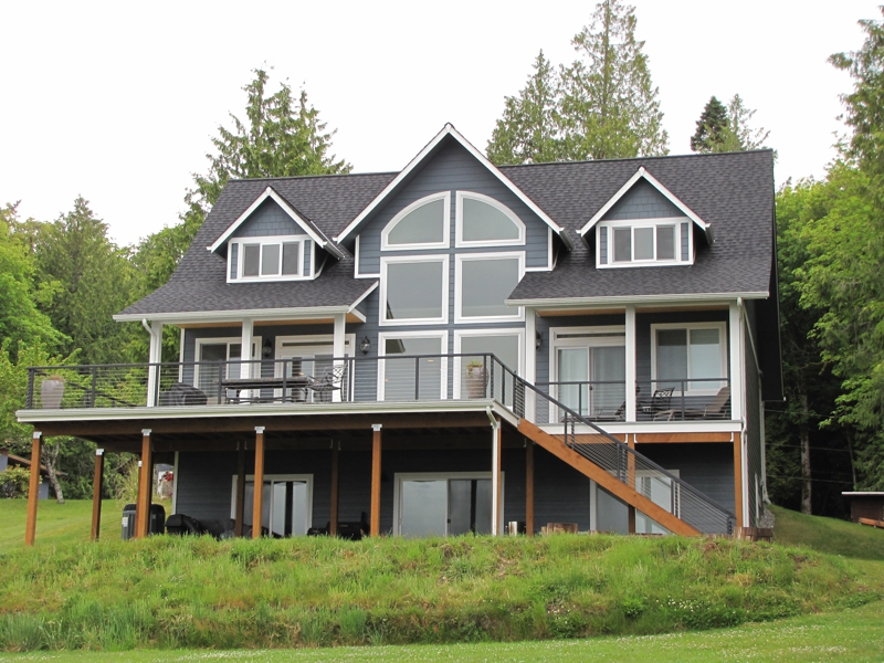 Waterfront Homes for sale on Hood Canal