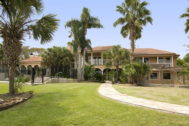 Houston Sandy White Beach And Luxury Waterfront Home In Seabrook Texas View Smarteplan W Embedded Photos