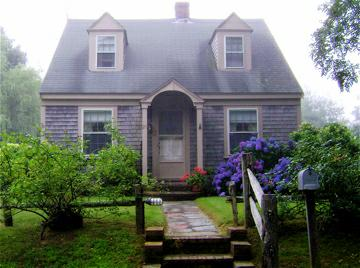 so just what is a cape cod house