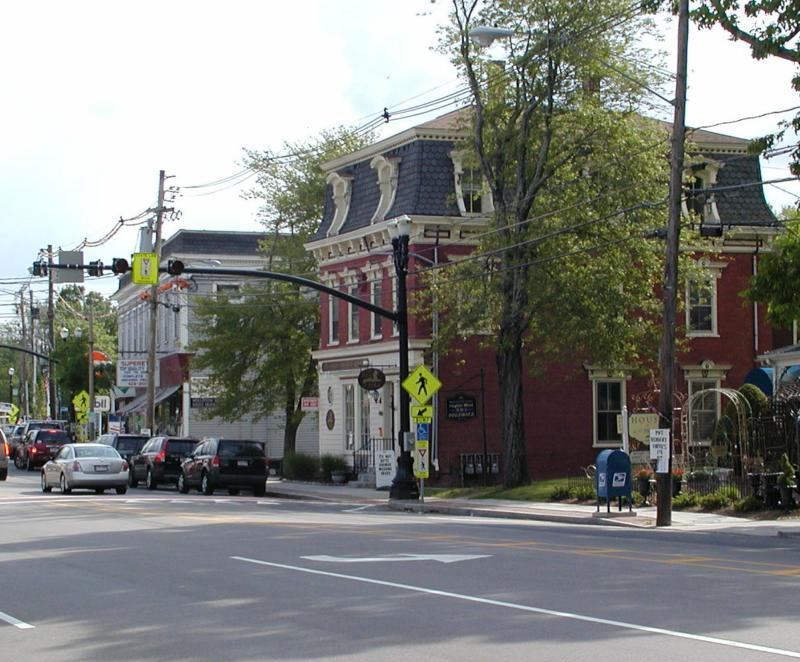 Carriage Town Antique Center - Michigan Antiques  Flea Markets