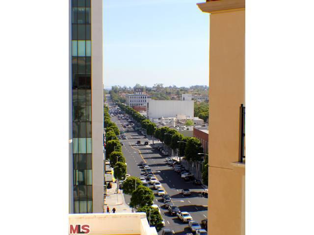 luxury condominiums in Beverly Hills,CA Endre barath