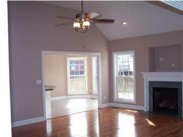 New split bedroom ranch louisville ky 1927 sq ft for Hardwood flooring 40245