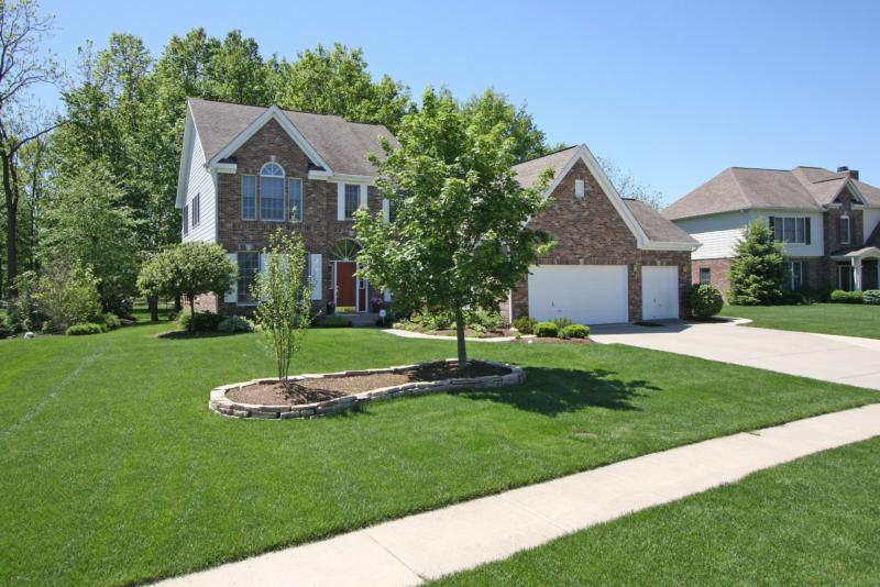 gorgeous zionsville indiana home for sale in spring knoll