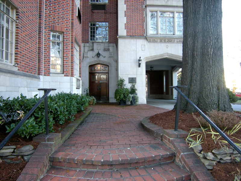 Condos and Townhomes for Sale in Uptown Charlotte