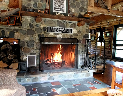 maine sporting lodge fireplace