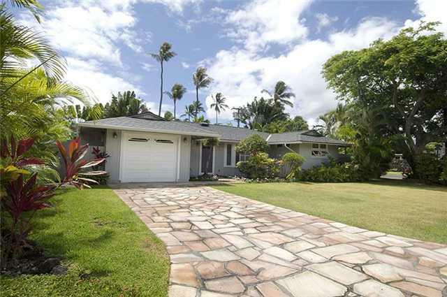 Front of Duck Road Home - Koolaupoku, Kailua, Oahu