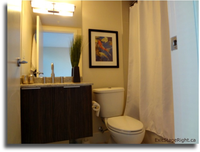 A Vancouver Stager's Top 10 Staging Tips for a Staged Bathroom