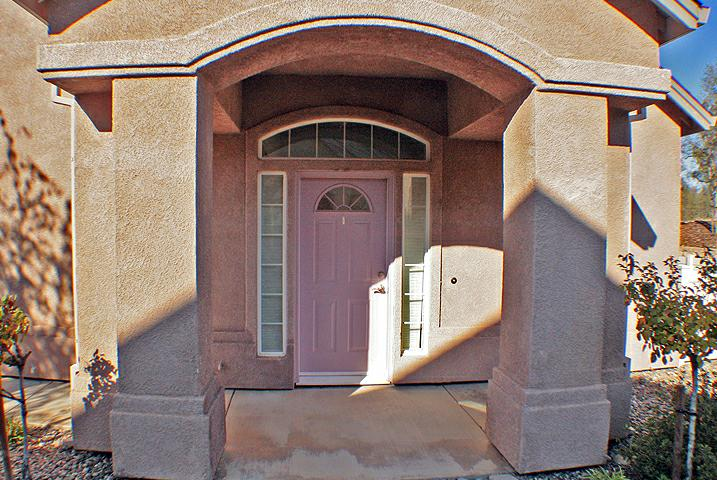 Front Entrace Sunset Oaks Townhomes Redding CA