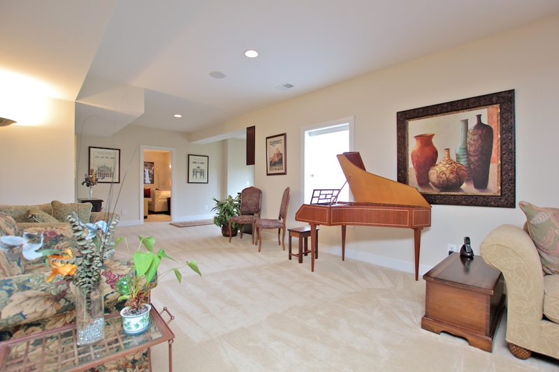 3807 Bell Manor Ct Falls Church Virginia basement great room