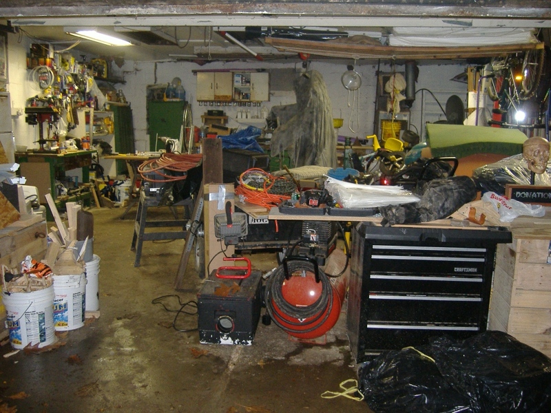 Feng shui advice have you looked inside your garage latley for Feng shui garage