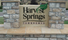 HARVEST SPRINGS TOWNHOMES ENTRANCE SIGN