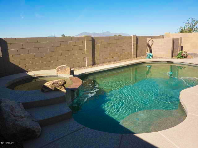 Home for sale w heated pool in the villages at rancho el for Heated pools for sale