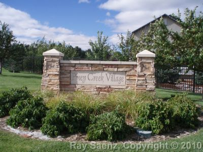 Home Owners Association in Piney Creek Village in Aurora, Colorado 80016