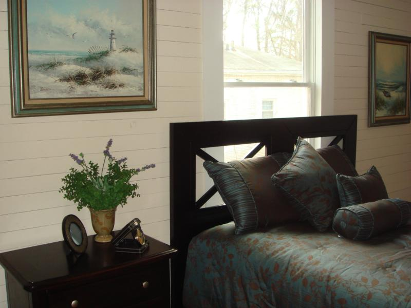 staging master bedrooms the psychology of color