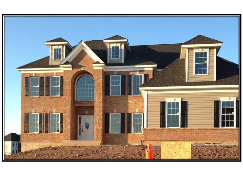 New construction homes for sale in South Windsor, Dzen Tree Farm Energy Star homes.