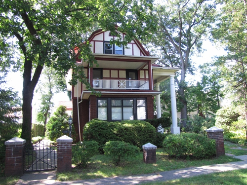Rutherford Nj Home For Sale Southern Style Dutch Colonial On Big Lot