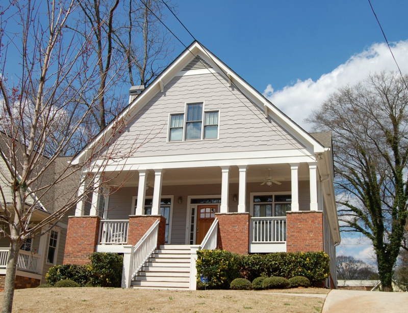 Kirkwood atlanta craftsman bungalows for sale old and new for Craftsman style homes atlanta