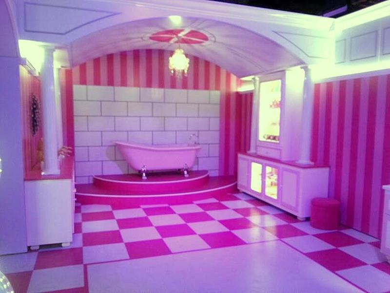 Barbie Dream House Experience Florida: Barbie DreamHouse Debut In Sawgrass Mills Mall Sunrise Florida