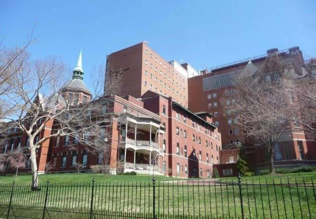 Hopkins Hospital Old and new buildings in spring