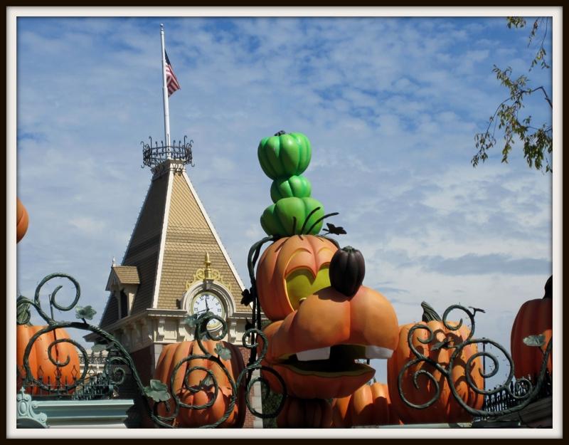 Goofy Halloween Pumpkin