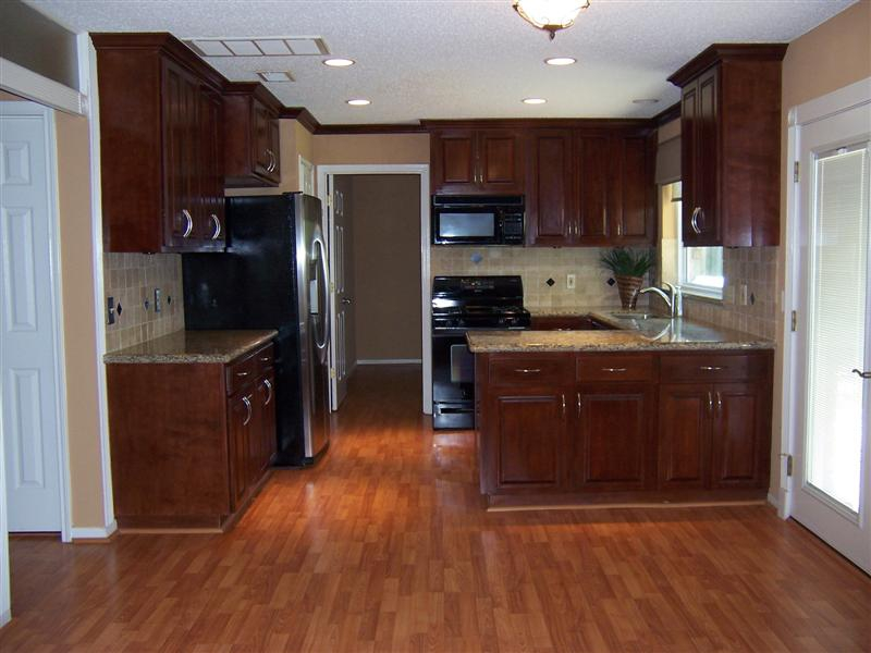 What Color Floor Goes with Cherry Cabinets