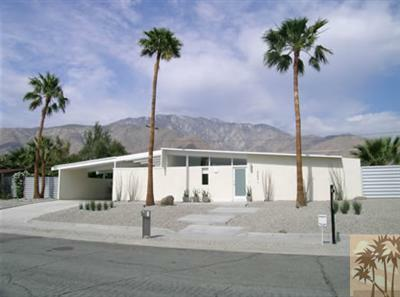 Foreclosure Bargain- Mid-century Alexander in Palm Springs $175,000??