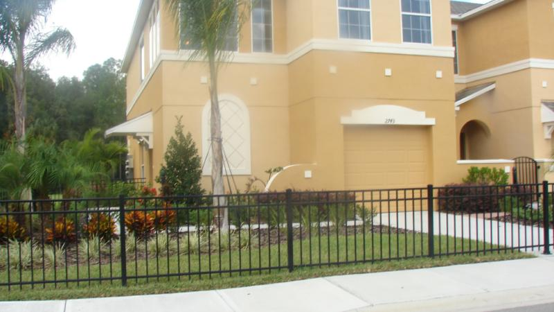 Parade of homes mercedes homes abby silverleaf at seven for Mercedes benz of wesley chapel