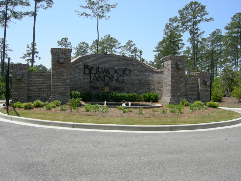 Bellwood Landing Entrance