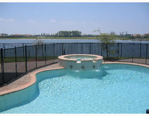 Wellington View Homes For Sale With Pool
