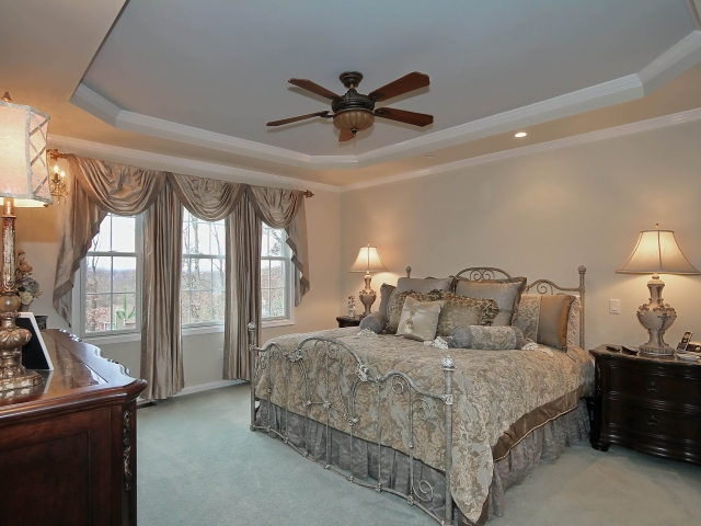 Luxury 4br 3 5 bath bel air townhouse with 1st floor for Townhomes with first floor master