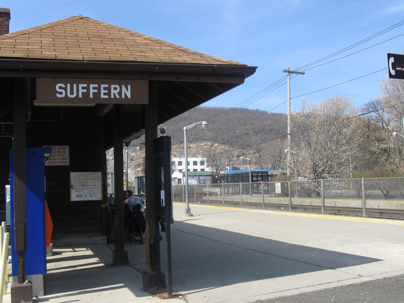 Suffern Train Station