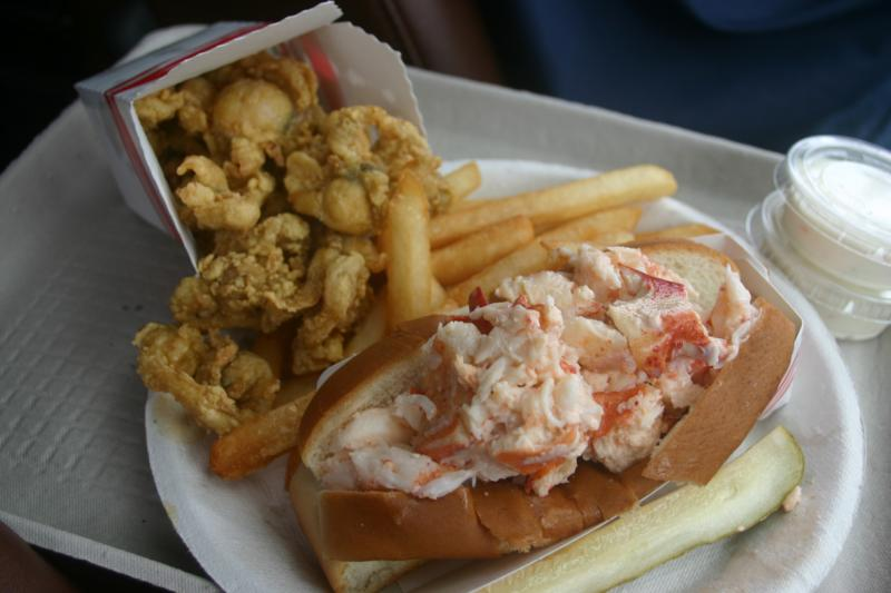 fried clams and lobster roll
