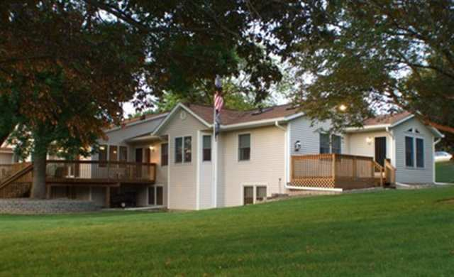 Home For Sale In Davenport Ia With A Mother In Law Suite