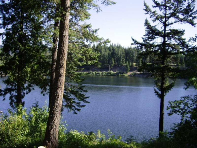 twin lake big and beautiful singles Twin lakes campground is inyo recreation will assess an additional $7 vehicle fee per day for the second vehicle in each single continue on lake mary road to.