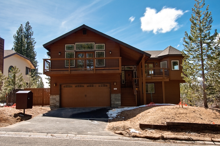 new, custom home, views, for sale, 2 car garage, 1568 plateau, montgomery estates, heavenly ski
