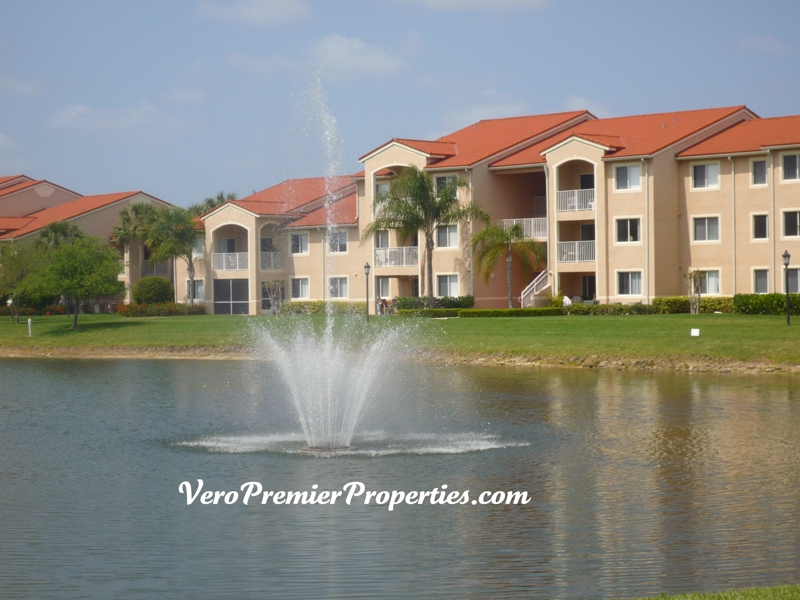 LAGUNA CONDO FOR SALE, VERO BEACH FLORIDA, RESORT-STYLE GATED COMMUNITY