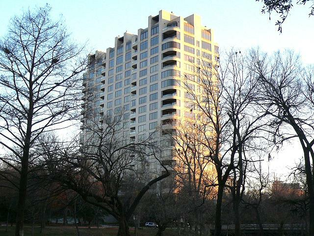 Dallas Highrises and Condos: The Claridge