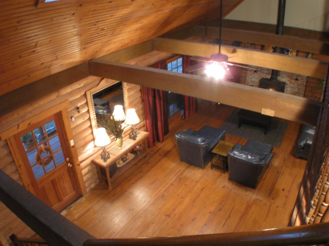 Lake livingston real estate are you ready for log cabin for Hardwood floors 600 sq ft