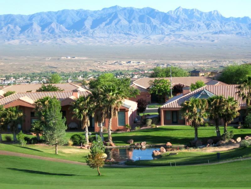 Mesquite NV Mountain and golf course view