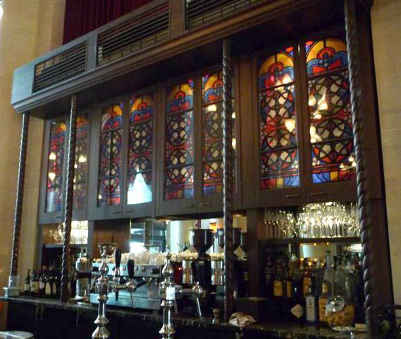 Bar at the Meridien