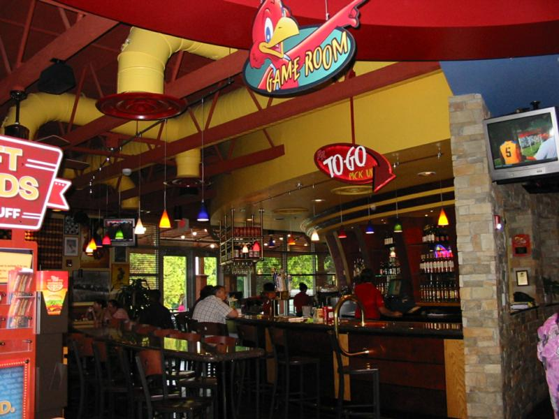 Red Robin Stores