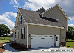 2012 Home Trends Why Choose A New Home With A Side Entry Garage