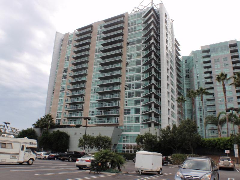 13600 Marina Pointe Dr Marina Del Rey, CA
