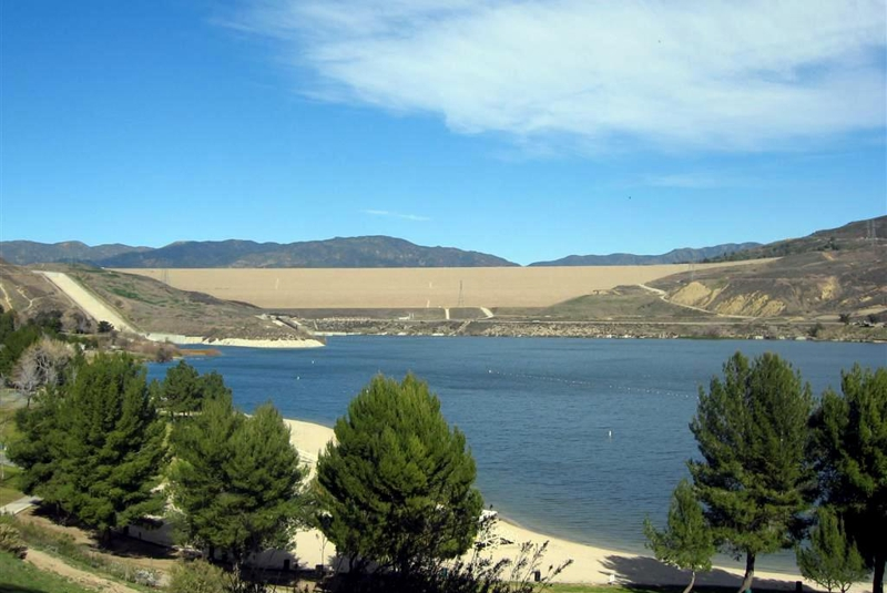 Los angeles 411 enjoy a fun filled day at castaic lake for Castaic lake fishing