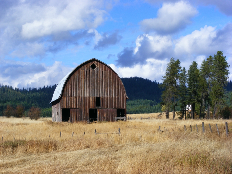 North Idaho Barn in the Boonies