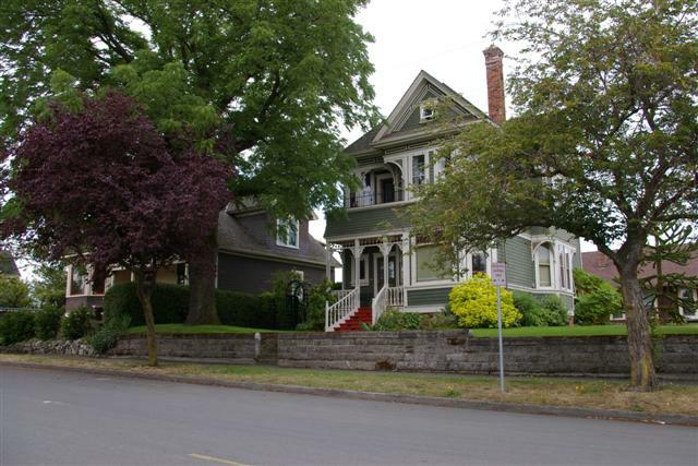 Turn Of The Century Victorian Hertitage Homes In Victoria Bc