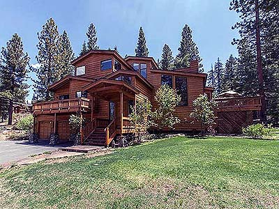 Custom Mountain Home in Truckee