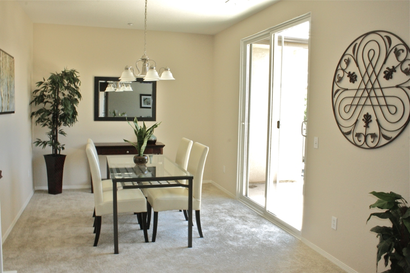 Temecula Home Staging Dining Room